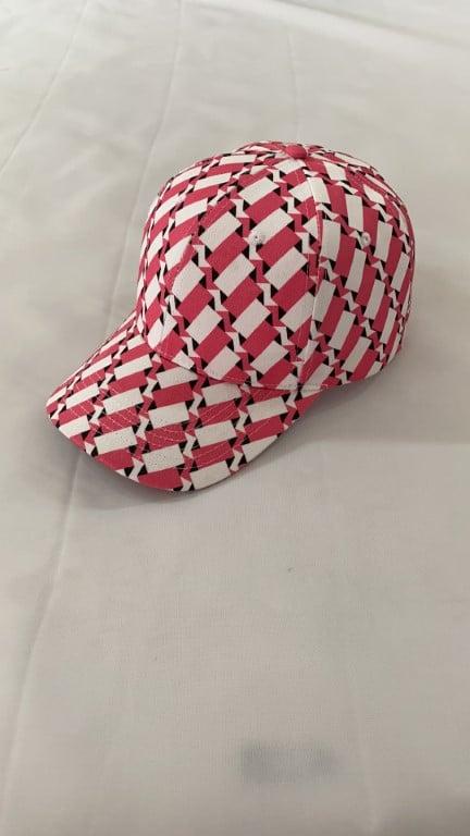 cappellino con pattern